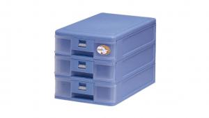 迷你博士-小三層公文櫃 A5 Drawer Cabinet- 3 Shallow Item NO. S513 Size. W187xD270xH190mm Color. 紅、藍、綠 *卡榫設計 抽屜不滑落,便於收藏資料 *可收納A5公文、文具等小物