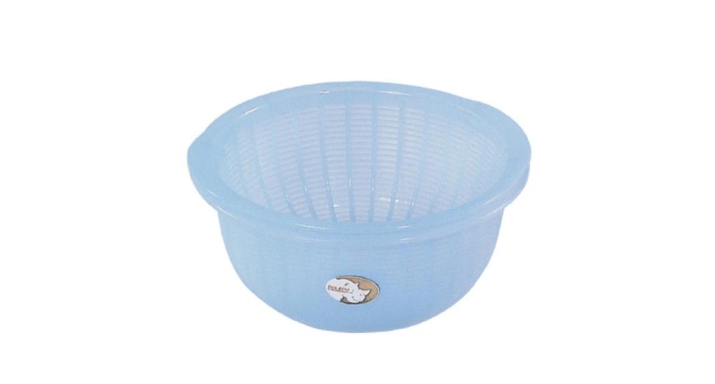 櫻桃調理缽22型 Bowl No.22 Item No. 含濾網-07013 Size. W223xD220xH110 mm(濾網) Color. 紅、藍、綠 *可搭配濾網一起使用 *分離式設計,清洗方便