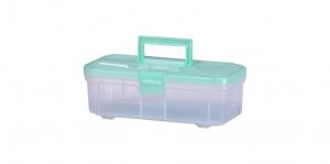 小提籃 Carry Box Item NO. 01345 Size. W345xD162xH125mm Color. 紅、藍、綠 *貼心設計 把手設計隨身攜帶好便利 *各類手工器具的收納整理,手工藝品、魚鉤、釣具等的規畫整理