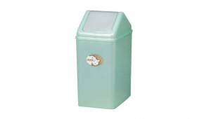 生活紙林(10L) Trash Can(10L) Item No. 08009(10L) Size. W250xD175xH365 mm Color. 紅、藍、綠 *加蓋設計 蓋子可固定塑膠袋,不易脫落