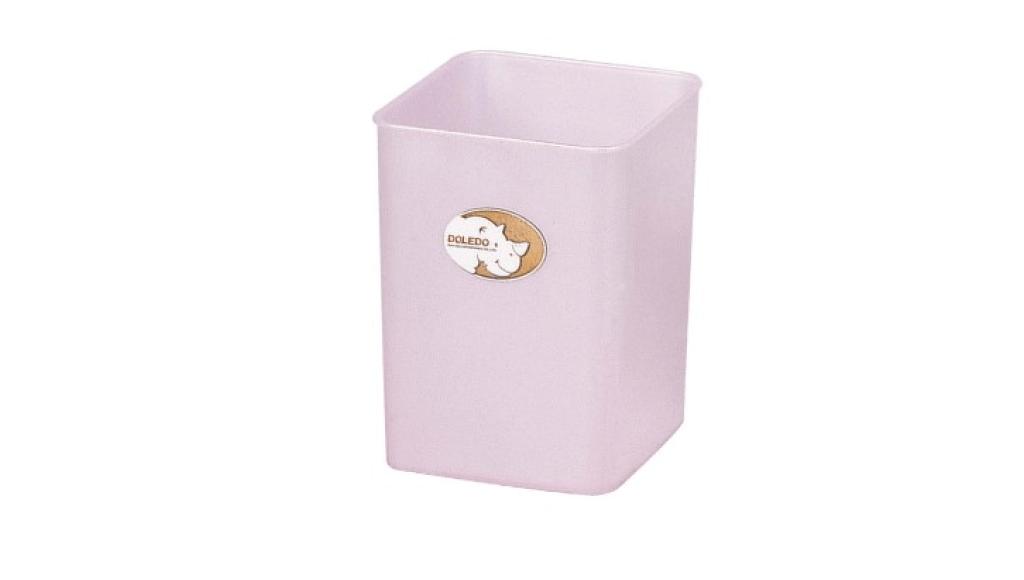 潔比紙林(6L) Trash Can(6L) Item No. 08014(6L) Size. W175xD175xH230 mm Color. 紅、藍、綠 *多種尺寸,滿足各種空間 *100%台灣製造,品質保證