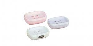 蝴蝶皂盒 Soap Dish Item No. 123 Size. W145xD105xH43 mm Color. 紅、藍、綠 *開放式無蓋、不積水設計,取用更方便,檯面保清潔。