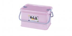 小綿羊可愛提籃 Carry Basket(S) Item NO. 129 Size. W290xD202xH168mm Color. 紅、藍、綠 *貼心設計 把手設計隨身攜帶好便利 *外出、郊遊、野餐的好夥伴,居家、生活用品的理想收納箱