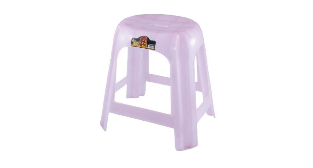 大健康椅 Big Stool Item No. 2003 Size. W475xD385xH475 mm Color. 紅、藍 *椅面寬,後緣凸起,符合人體工學,乘坐舒適