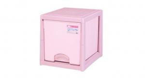 優品多層櫃-單層 Storage Cabinet-1 Drawer Item NO. BNW310 (50L) Size. W380xD500xH405mm Color. 紅、藍 *加厚設計 可當置物檯面使用