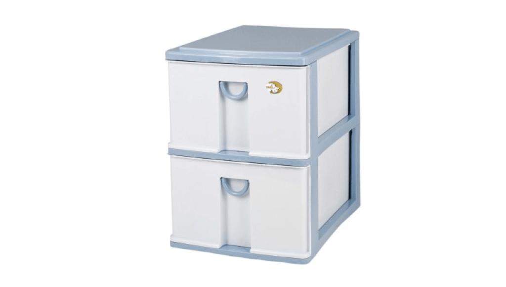 小生活組合櫃-深2層 Storage Cabinet -2 Deep Item NO. NL320 Size. W305xD405xH395mm Color. 紅、藍 *拉環設計,把手拉環設計,易拉好開 *可作為文具小物收納之用