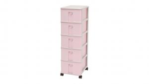 小生活組合櫃-五層(附輪) Storage Cabinet(S)- 5Drawers with wheels Item NO. NL350 (85L) Size. W305xD405xH1005mm Color. 紅、藍 *貼心設計 抽屜下方有二個凸點,可防止開抽屜時突然掉落 *附輪 底層附加活動輪,方便移動
