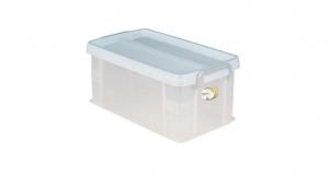 全家福收納整理箱(L) Container(L) Item NO. VCD900(14L) Size. W430xD248xH190mm Color. 紅、藍、綠 *堅固設計 加強結構,堅固又耐重 *貼心把手設計 順暢好扣不易鬆脫