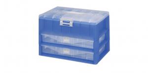 KO整理盒-三層 Carry Accessories Box- 3 Layers Item NO. KO820 Size. W295xD200xH195mm *卡榫設計 抽屜不滑落,便於收藏物品 *隔板設計 空間使用更具靈活輕巧,可隨個人喜好放置不同的小物及零件